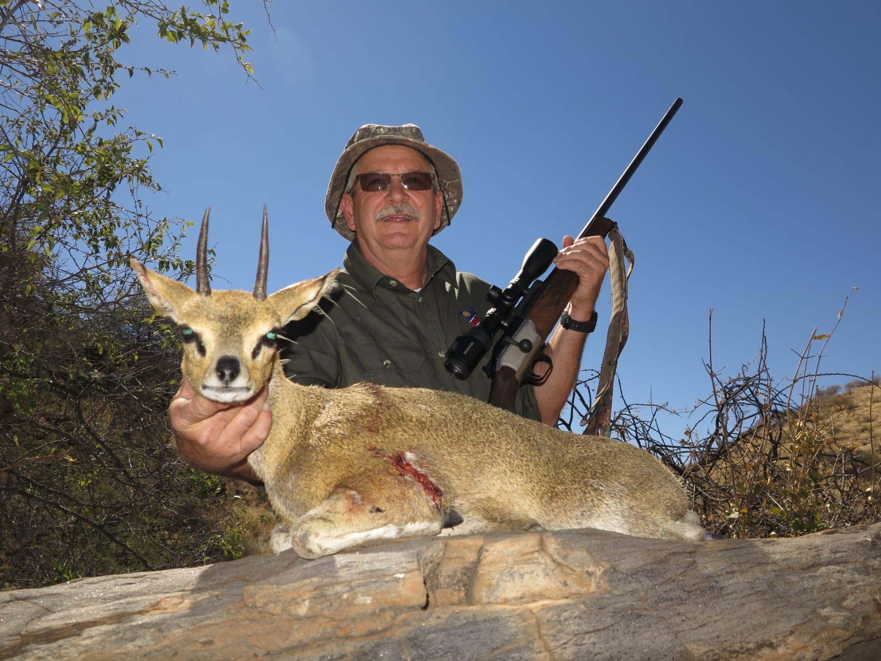 klipspringer hunting namibia ~ schalk pienaar safaris namibia