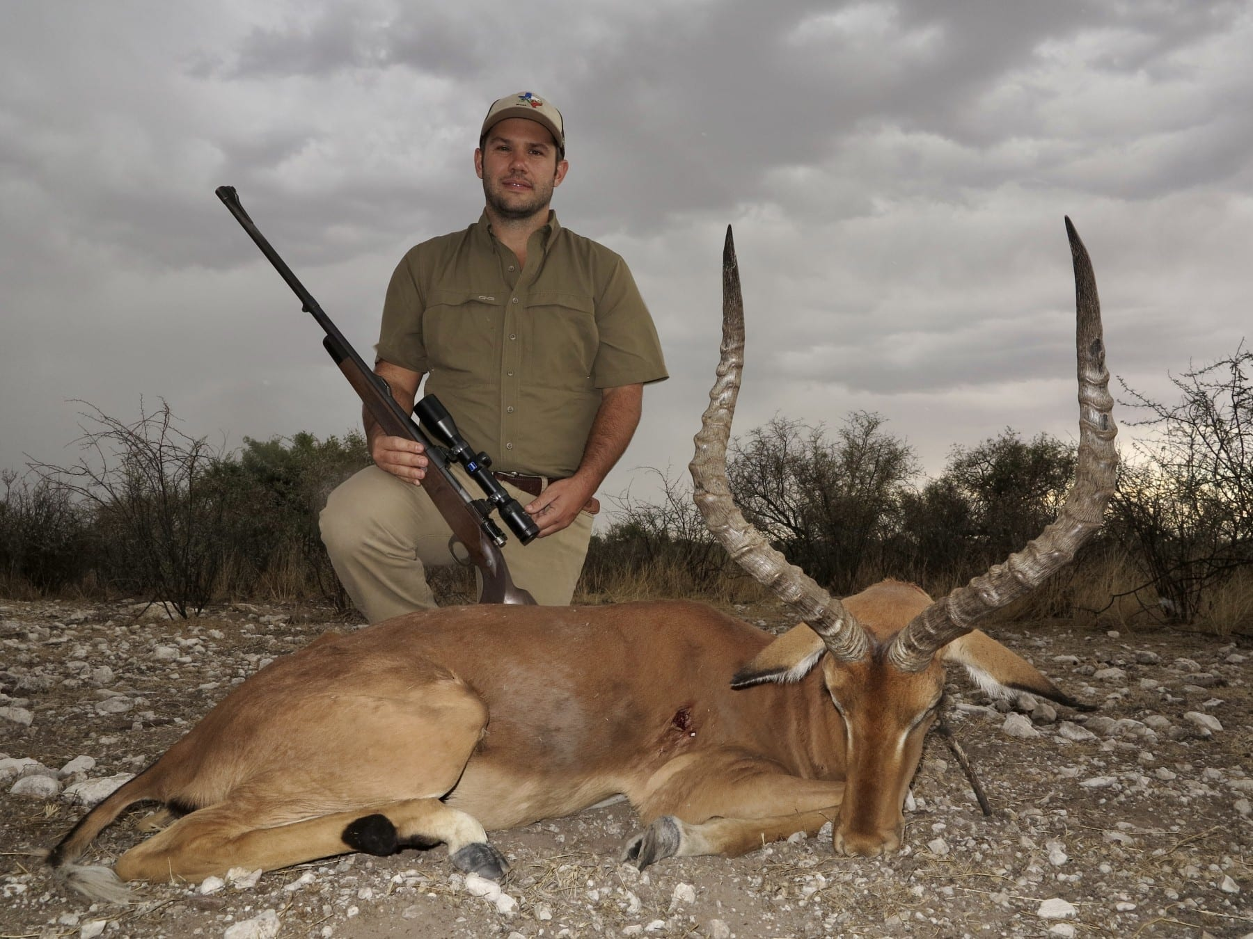 africa hunting outfitters