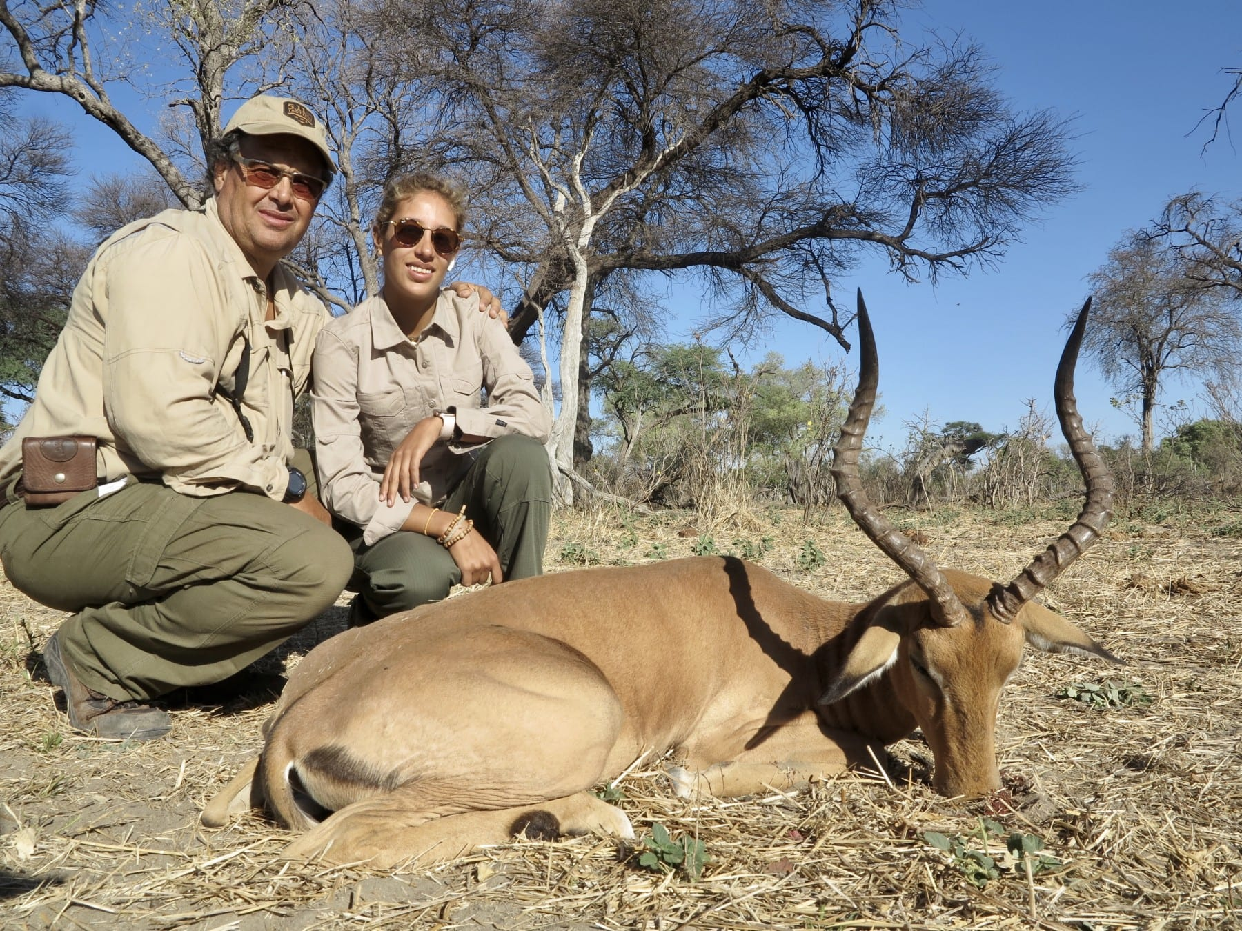 couples hunting safari africa